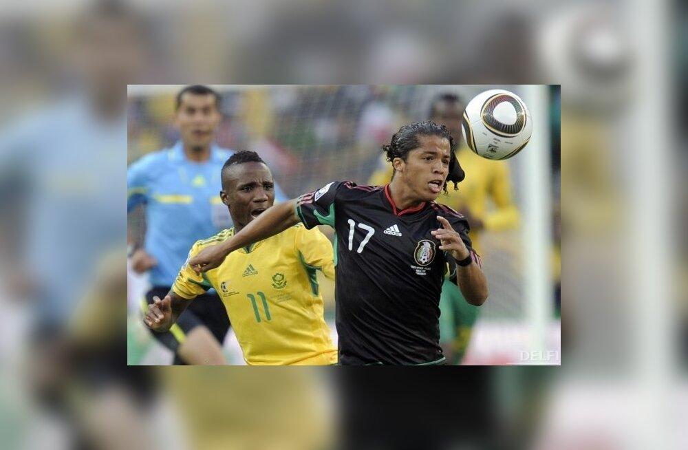 Jalgpalli MMi avamäng, LAV - Mehhiko