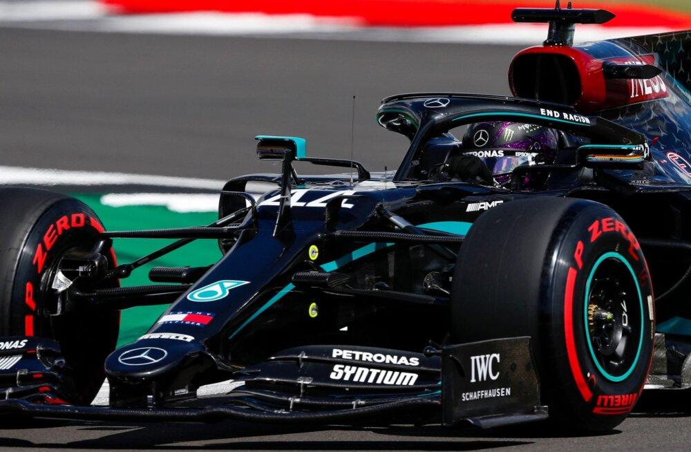 Mercedesed domineerisid Briti GP kvalifikatsiooni, Verstappen kolmas