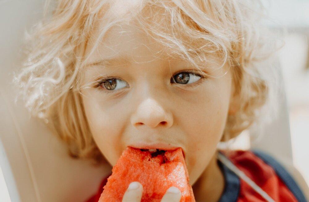 Siin on põhjused, miks iga lapsevanem peaks seadma eesmärgiks lapse tervisliku toitumise