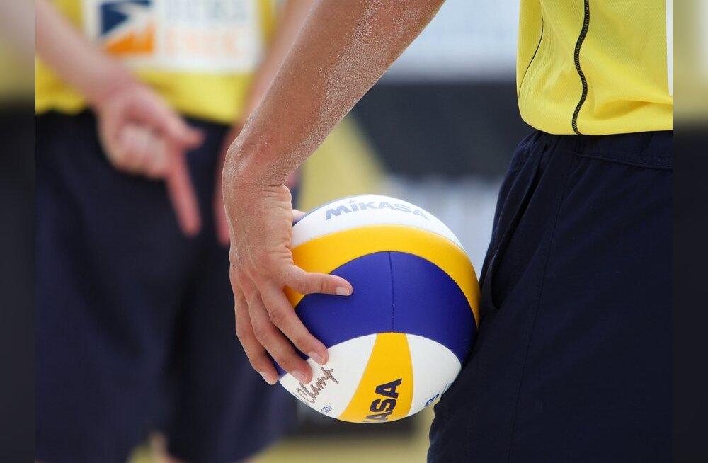 Pärnus selgitati Eesti meistrid rannavõrkpallis