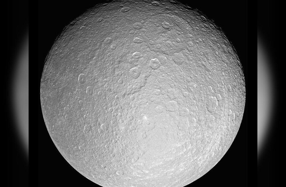 Saturni kuult avastati hapnikurikas atmosfäär