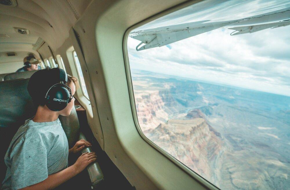 Пилот рассказал, какое место в самолете выбрать тем, кто боится летать