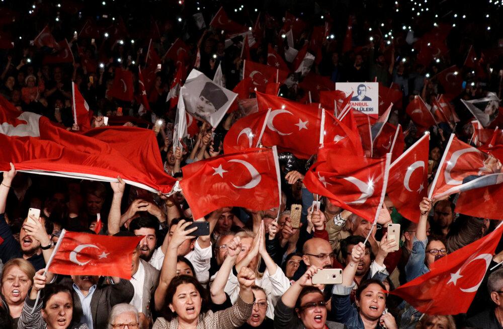 Istanbulis korraldatakse kohalikud valimised opositsiooni võidu tõttu uuesti