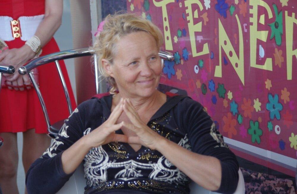 La Gomera elanik Ave Nahkur Eestist lahkumisest: ma tahtsin sooja ja muutust oma ellu