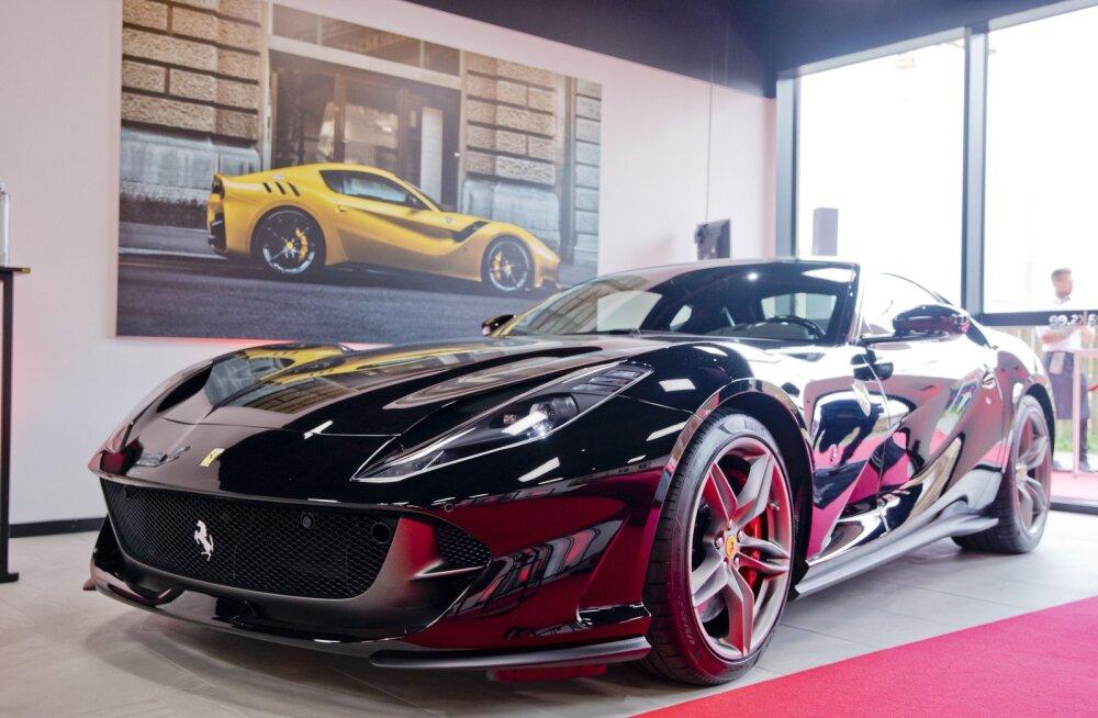 Tallinnas on nüüd Ferrari salong: kuidas nii kallist autot osta ja kas proovisõitu saab teha?
