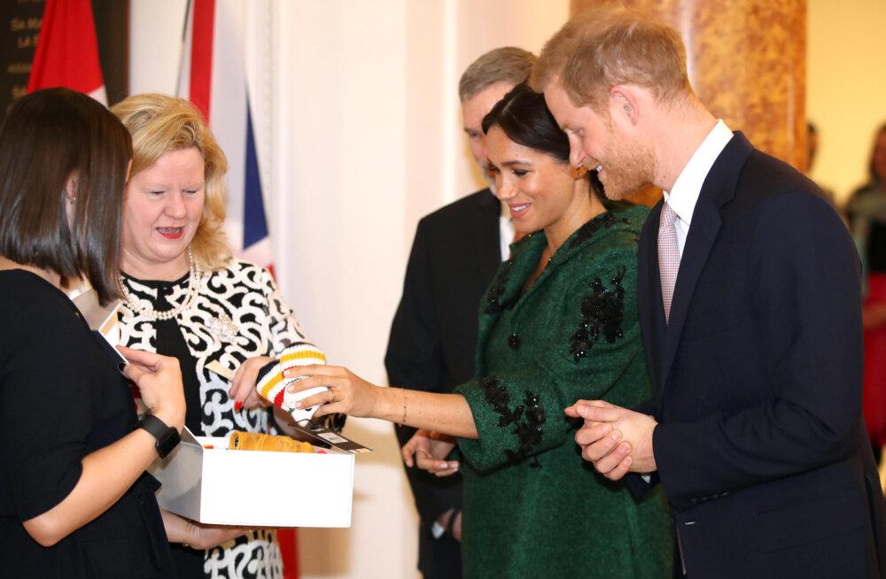 KLÕPS | Meghan Markle'i ja prints Harry veel sündimata beebi sai imearmsa kingi