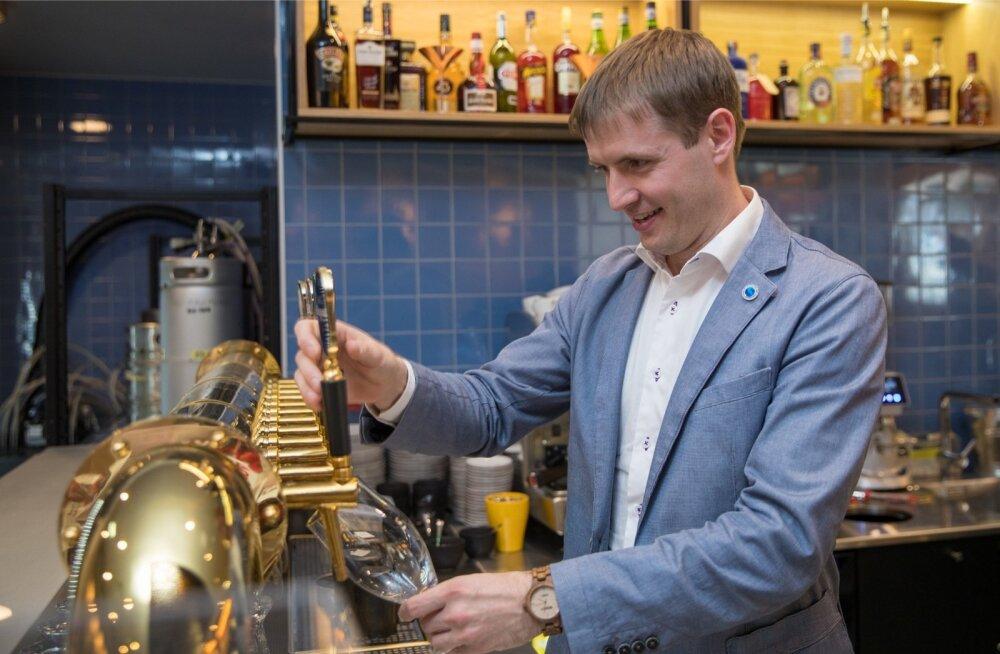 Saku õlletehase juhatuse liikme Jaan Härmsi sõnul saavad aafriklased üha rohkem juua Sakus toodetud kesvamärjukest.