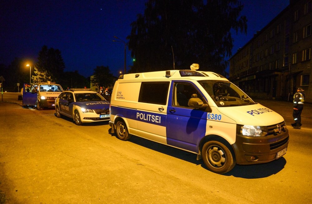Politsei kontrollib autojuhte