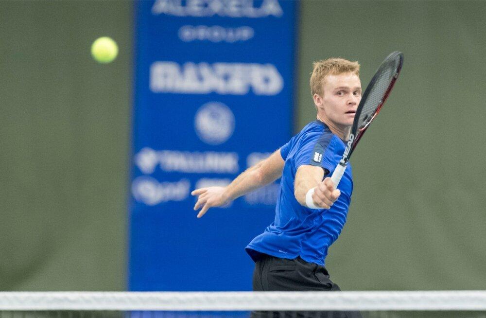 Eesti Davis Cupi meeskond loodab esinumber Jürgen Zopile.