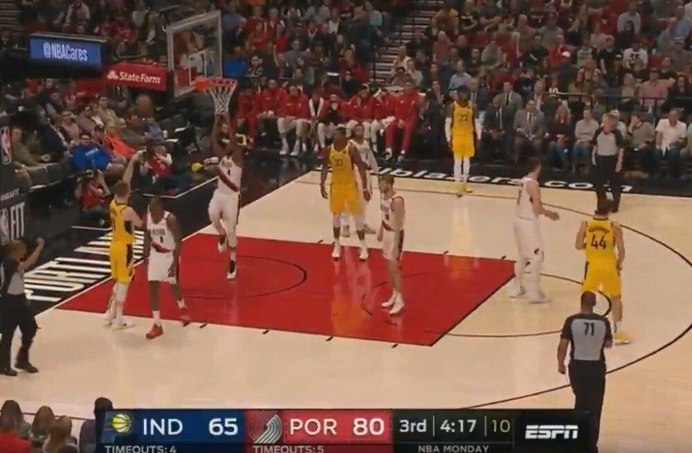 VIDEO   Vägev atleetlikkus: NBA-s blokeeriti vise jalaga