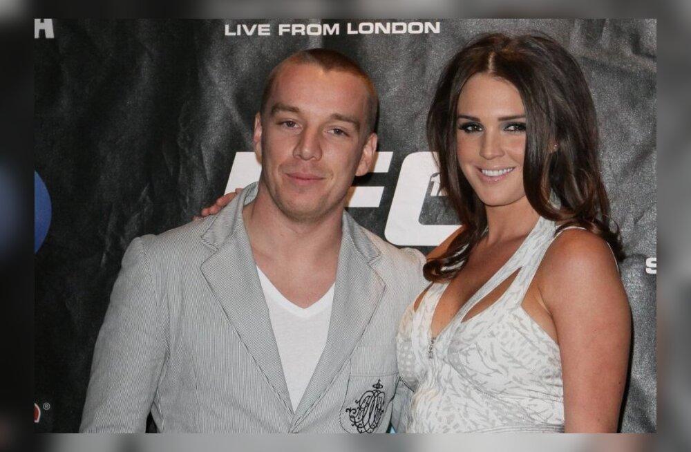 Jamie O Hara naisega