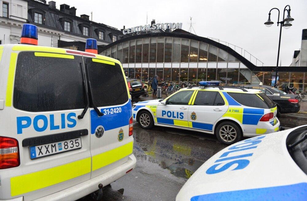"""Trump rääkis Twitteris Rootsi terrorirünnakust """"üldiselt"""""""
