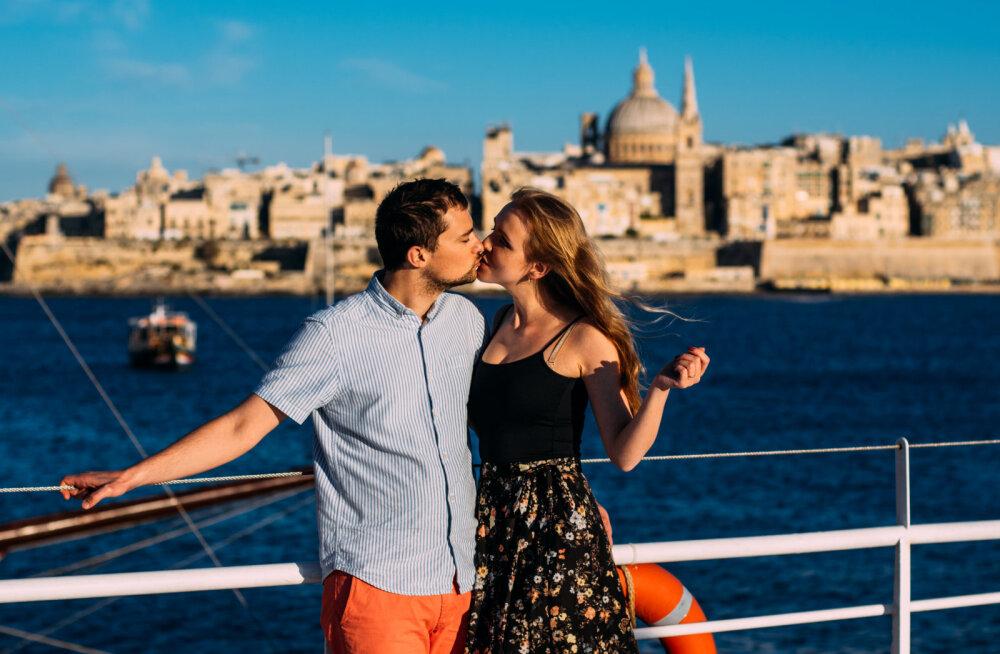 Naised, teadlased leidsid kaks väga head põhjust, miks tasub nüüdsest oma kallimat veelgi rohkem musitada
