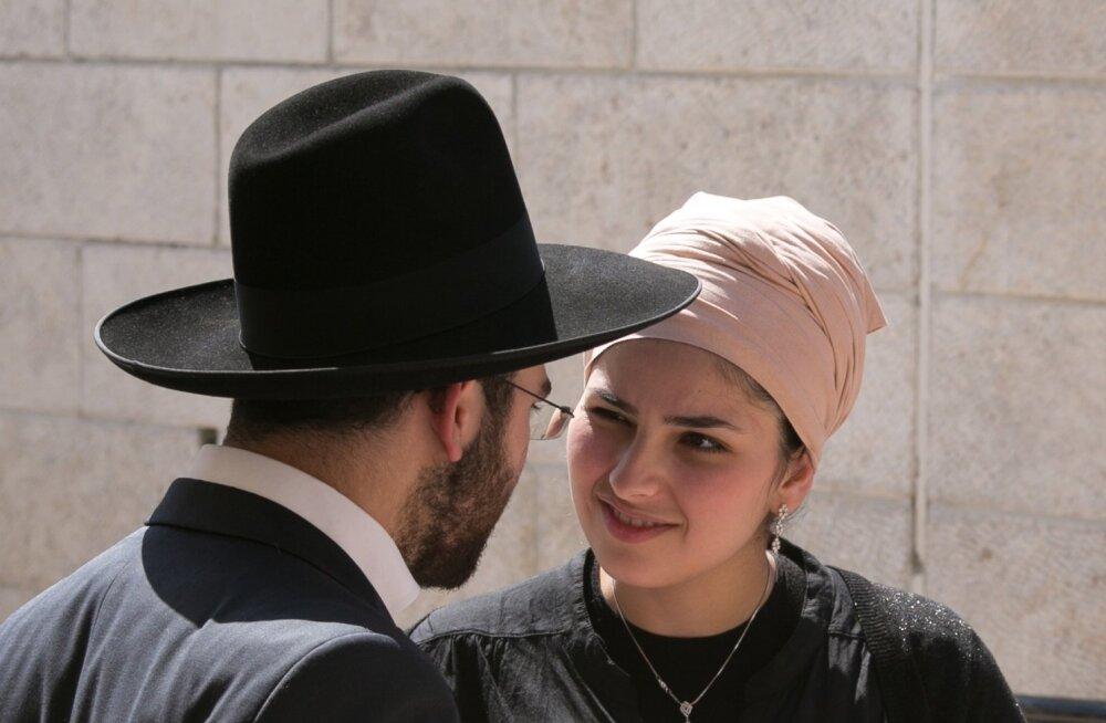 Ortodokssete juutide noorpaar