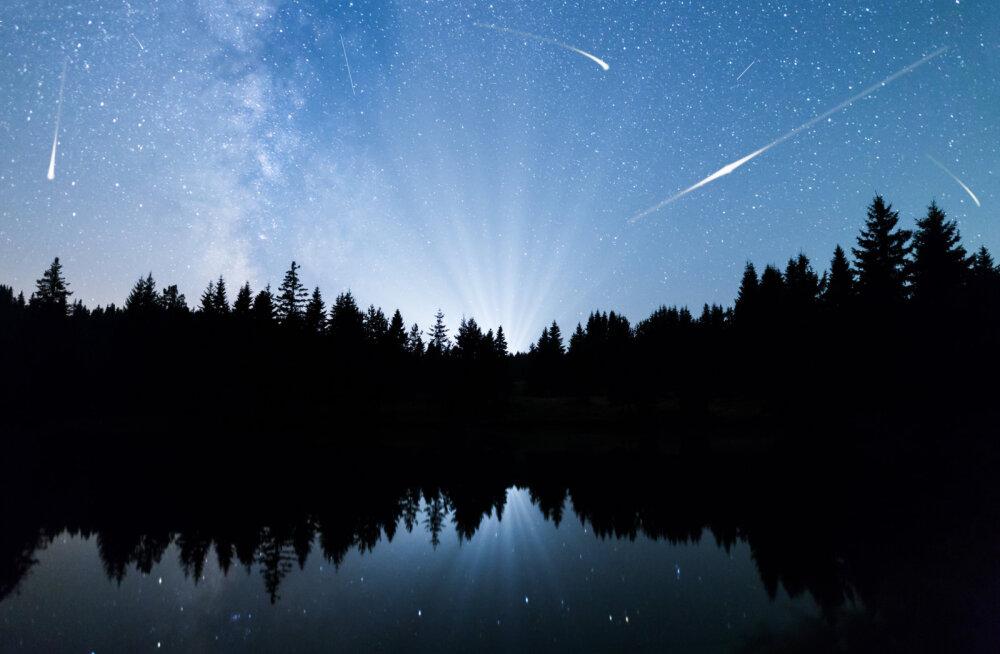 Kosmiline vaatemäng | Käes on augustiöise tähesaju aeg
