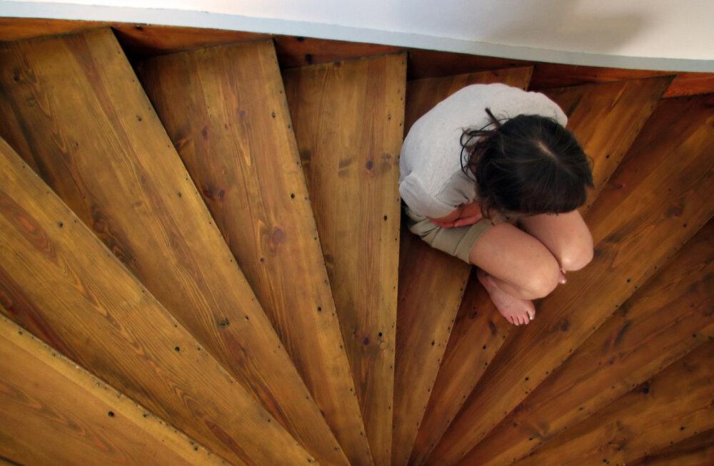 24aastase naise mure: vanemad alandavad mind, sest olen vallaline, töötu ja lastetu