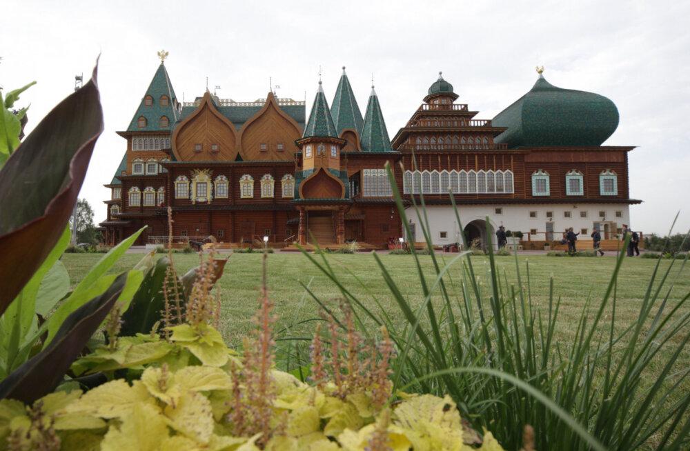 Виртуальное путешествие: Воссозданное чудо — Коломенский дворец в Центре русской культуры в Таллинне