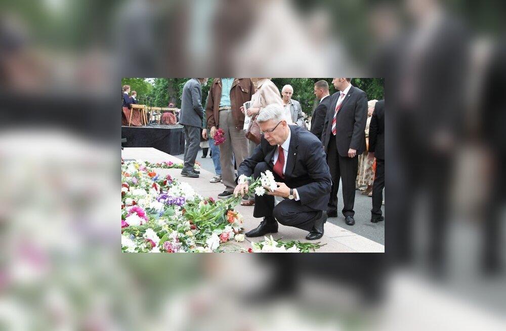 FOTOD: Läti president miitingul: küüditamine puudutas kõiki