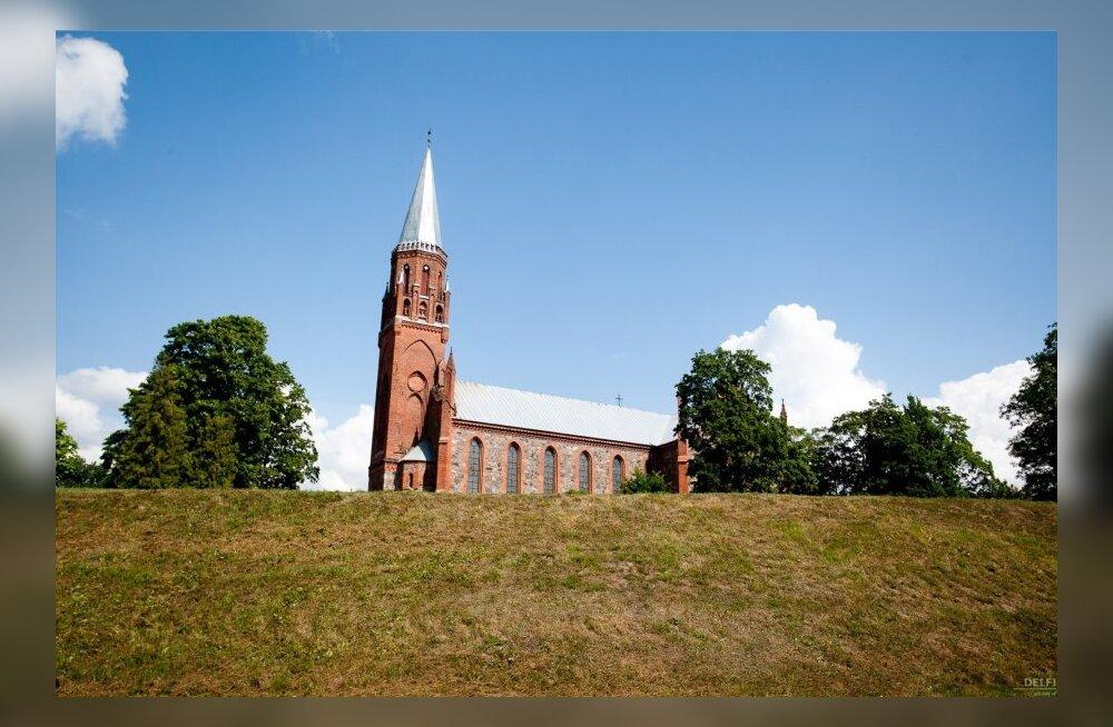 Viljandi Pauluse kirik (Foto, Andres Putting)