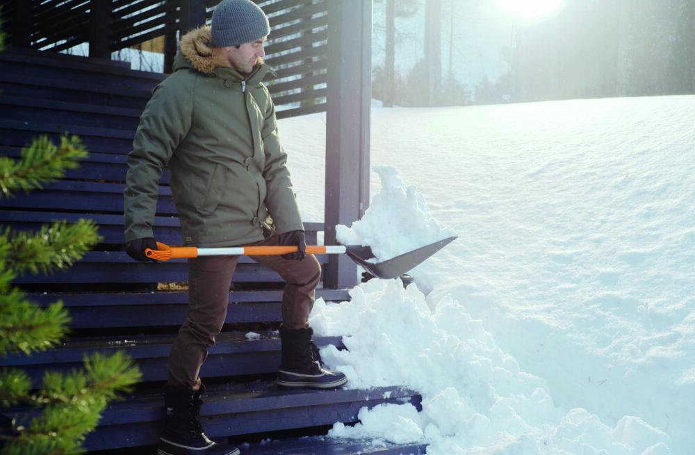 Vaata järele! Nipid, kuidas lume koristamisega oma kehale mitte liiga teha
