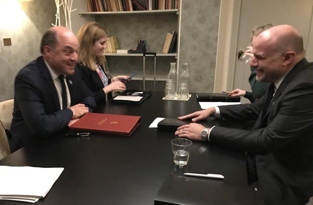 Kaitseministrite Jüri Luige ja  Ben Wallace'i kohtumine