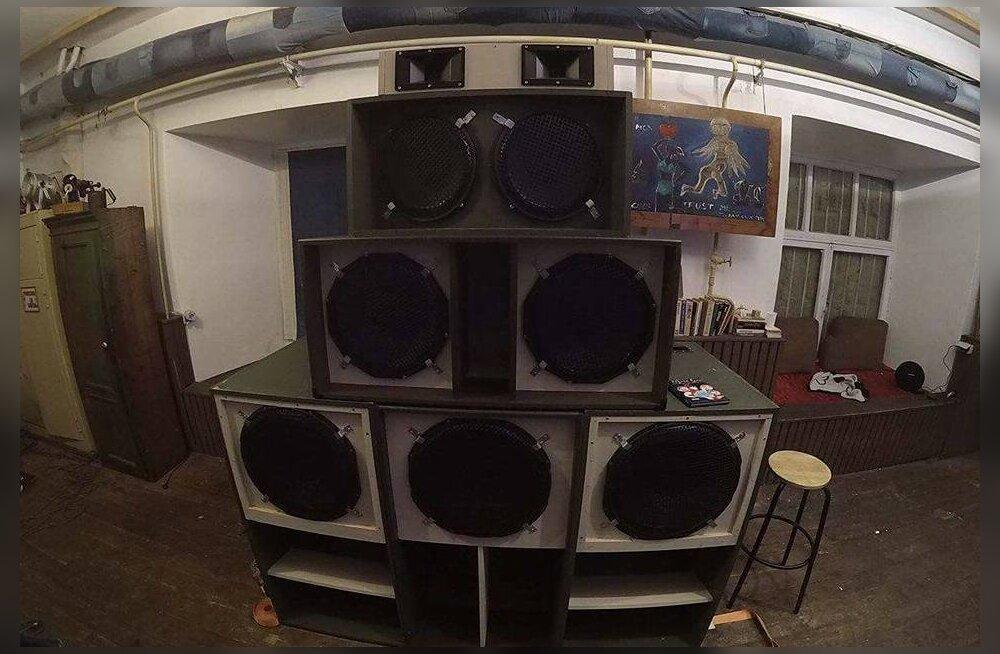 PEOSOOVITUS: Klubis Sinilind kõlab reedel reggaet ja <em>dub</em>'i kahest võimsast helisüsteemist