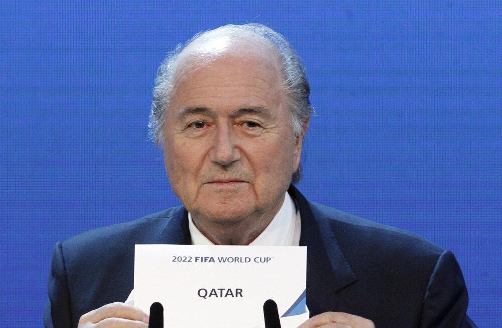 Kriisikoosoleku pidanud Blatter ei kavatse tagasi astuda