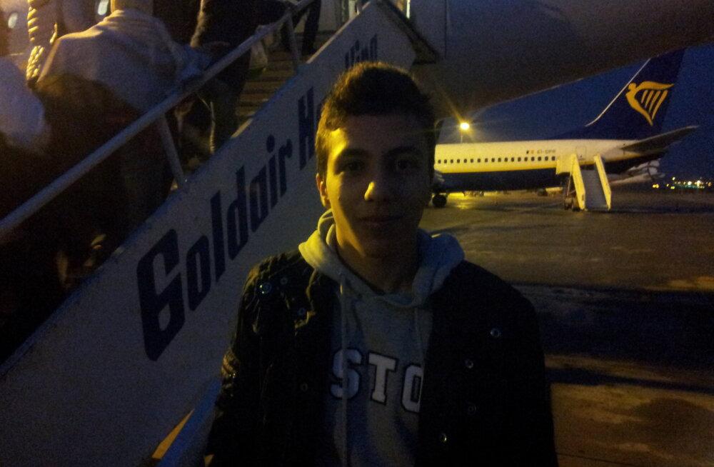 DELFI REPORTAAŽ: Kuidas ma sattusin lennukisse, millega 33 pagulast Ateenast Helsingisse sõitsid