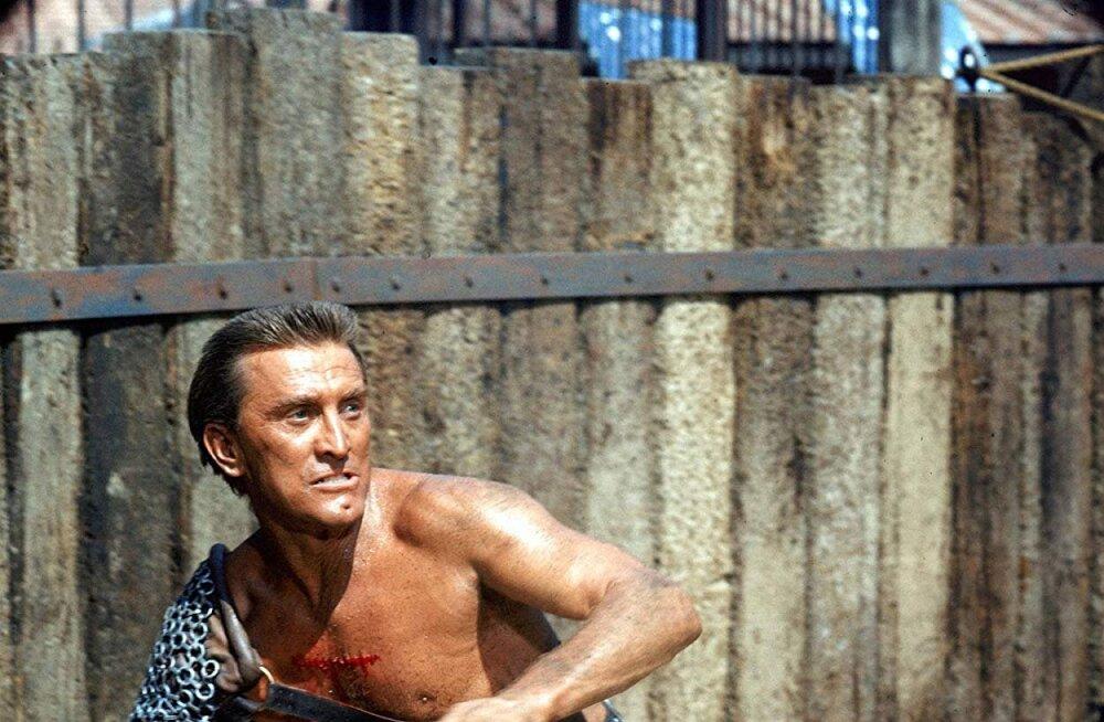 """Legendaarne """"Spartacuse"""" staar Kirk Douglas suri 103-aastasena"""