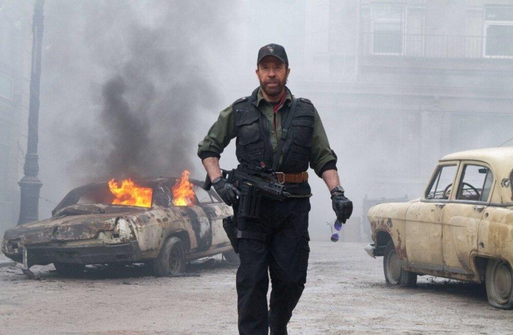 Chuck Norris polegi kõikvõimas: telekanalid tõmbasid ta haneks