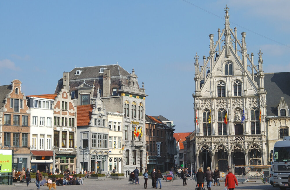 Удивительно, но факт! Средневековый город в Бельгии оплатит за туристов проживание в местных отелях