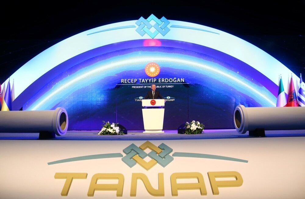 Türgi president Recep Tayyip Erdoğan TANAPi gaasiühenduse avamistseremoonial Eskisehiris.