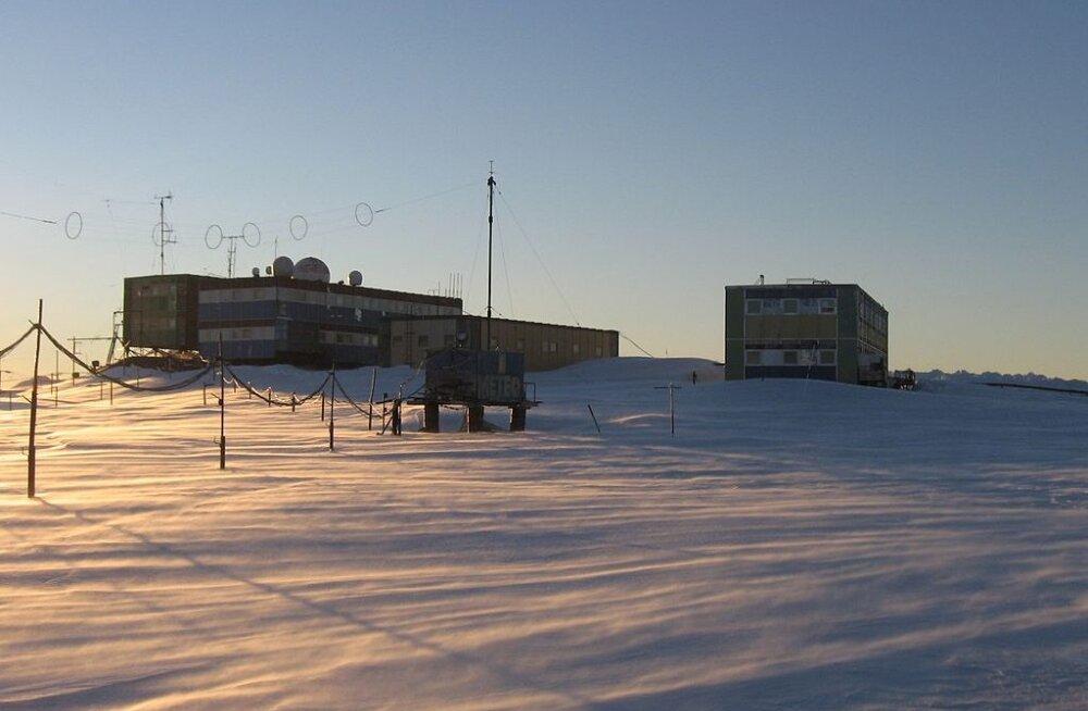 Venemaa Mirnõi polaarjaam Antarktikas lahvatas põlema: mitu olulist laborit langes tuleroaks