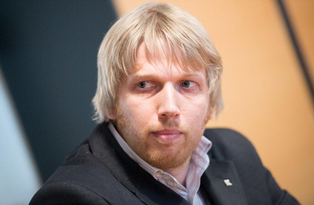 Kalev Kallo asemel saab esmaspäeval riigikogu liikmeks Jaanus Karilaid