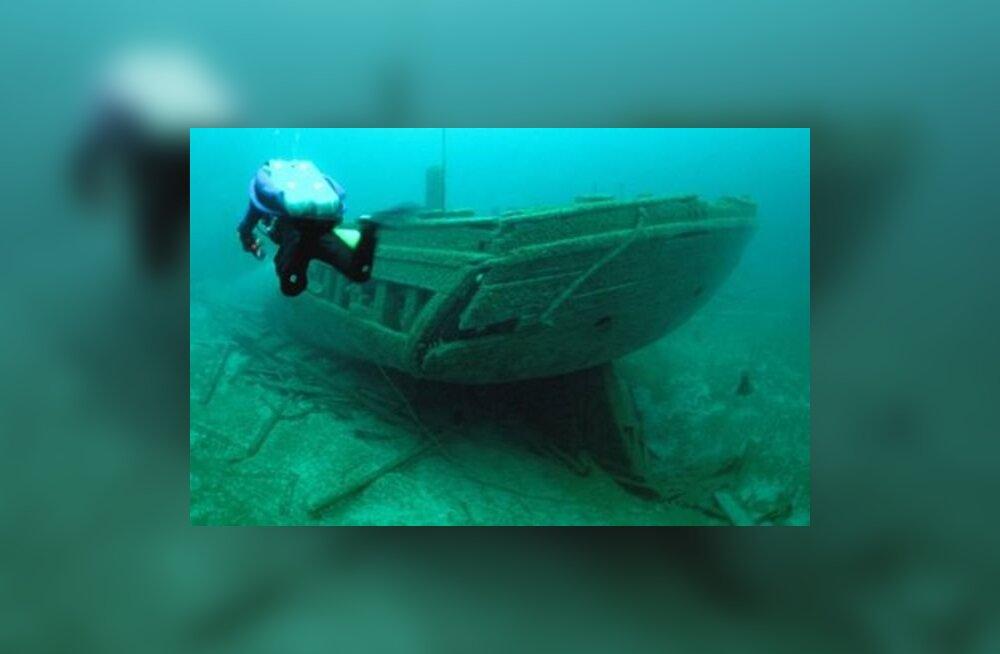 VIDEOD: Laevavrakid Suure Järvistu põhjas - niipea kui vesi selgineb, on nad jälle nähtaval