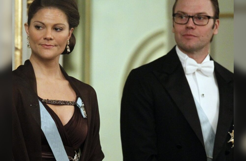 Rootsi kroonprintsess Victoria varjab rasedust ridiküliga?