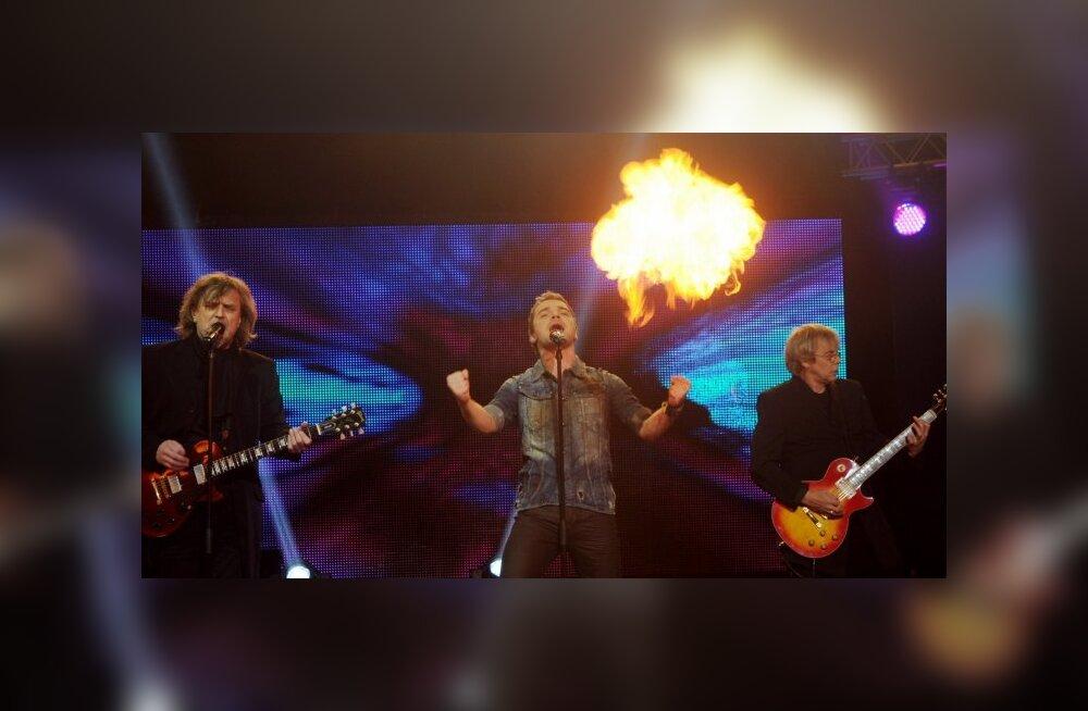 DELFI VIDEO: Ott lajatab Laulupealinna finaalis võimsa rokilooga!