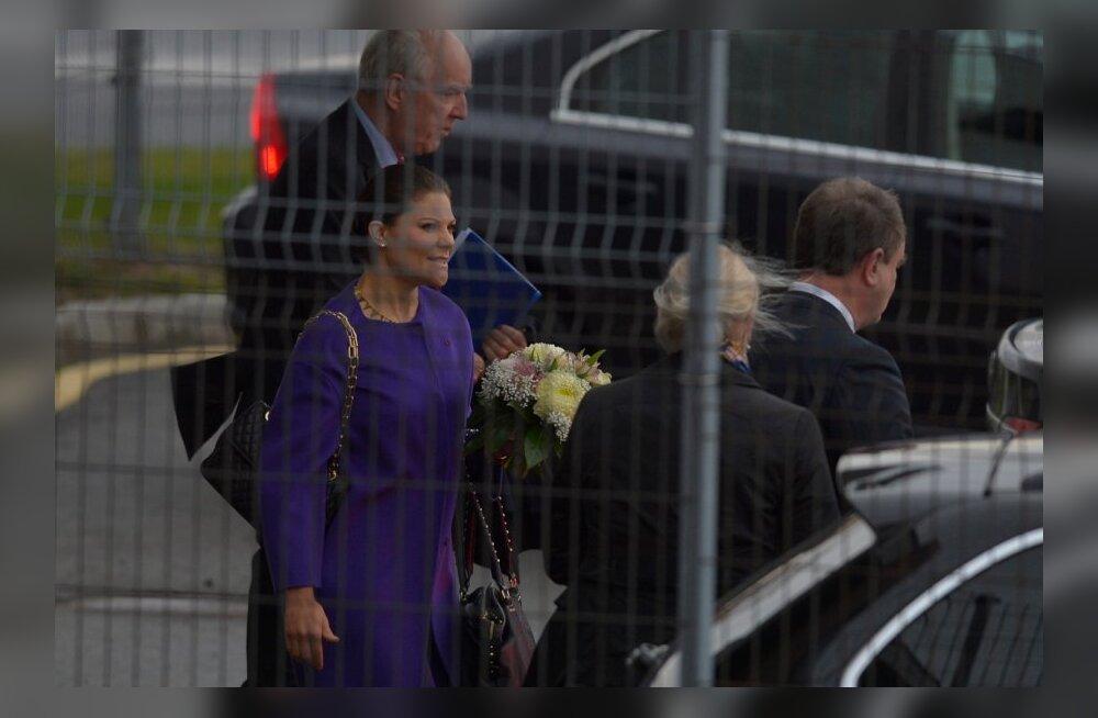 DELFI FOTOD: Eestisse saabus visiidile Rootsi kroonprintsess Victoria