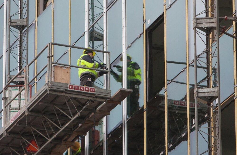 Ehitushindade tõus pidurdus, kuid tööjõud ehituses kallines