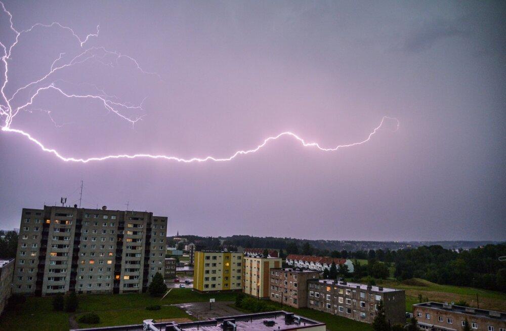 Torm saabumas Viljandis