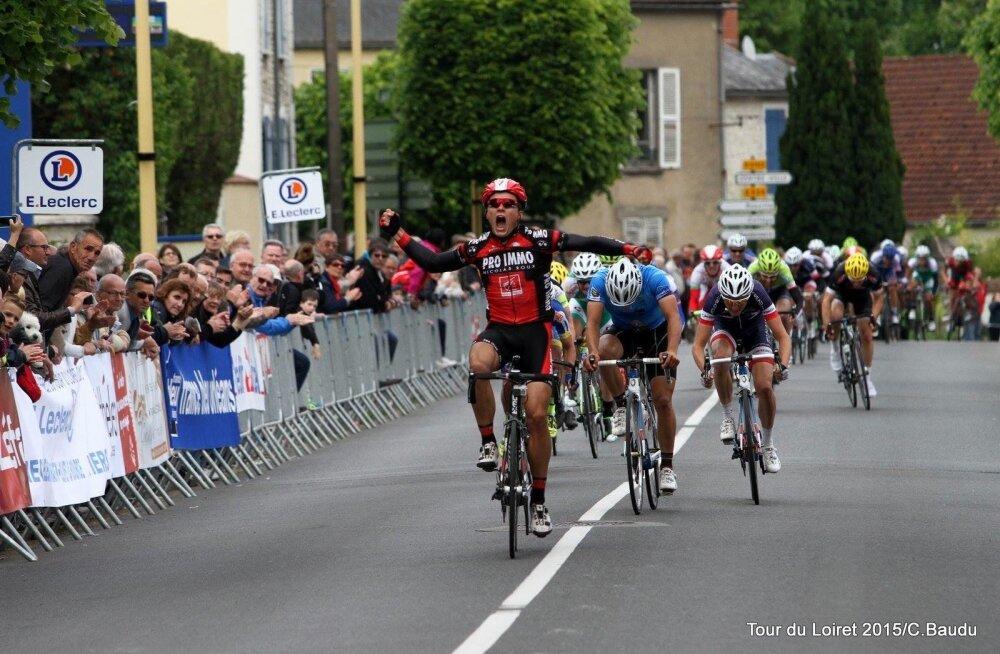Martin Laasi võidukas finiš Tour du Loiret velotuuril