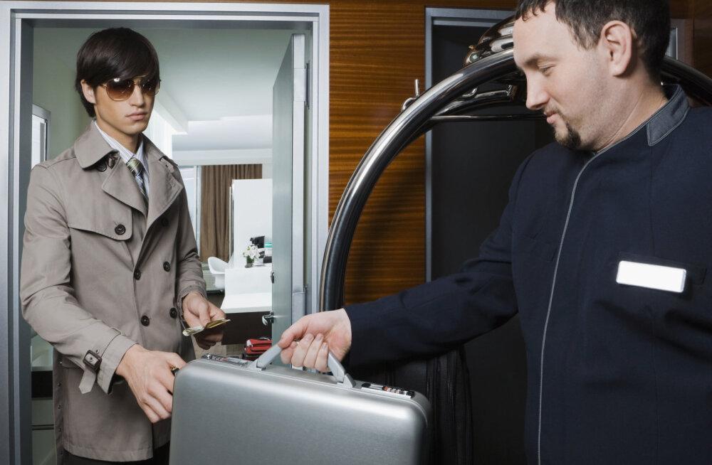 KARJUV ÜLEKOHUS | Loe, mis on 10 kõige jultunumat viisi, kuidas sind hotellis rahast tühjaks pumbatakse