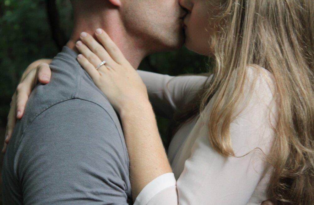20 armsat viisi, kuidas naine saab mehele armastust avaldada ja teda õnnelikuks teha