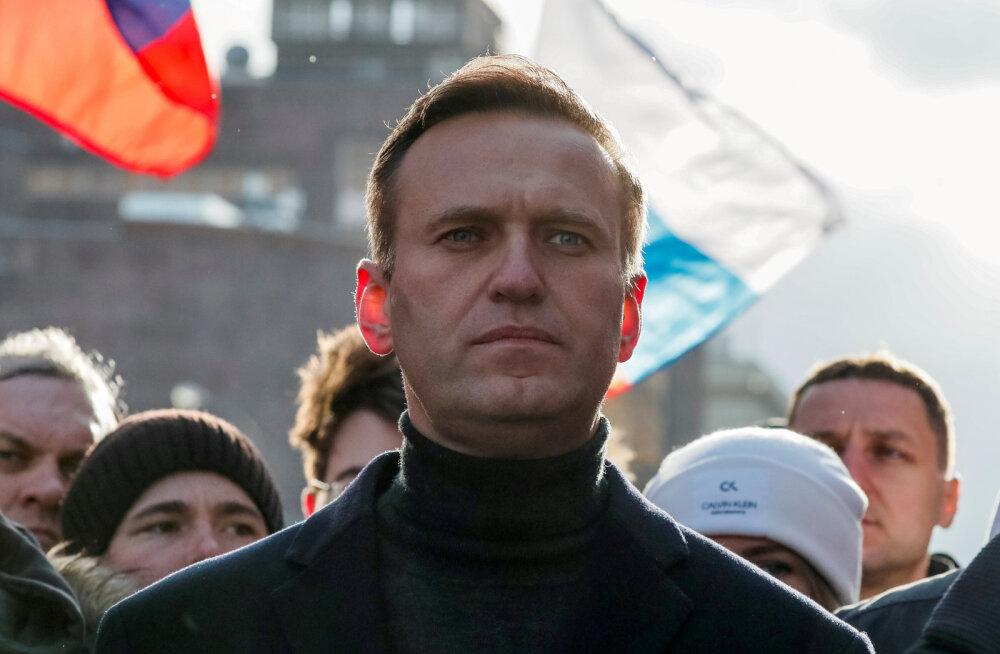 Евросоюз согласовал санкции из-за отравления Навального. Лавров пообещал зеркальный ответ