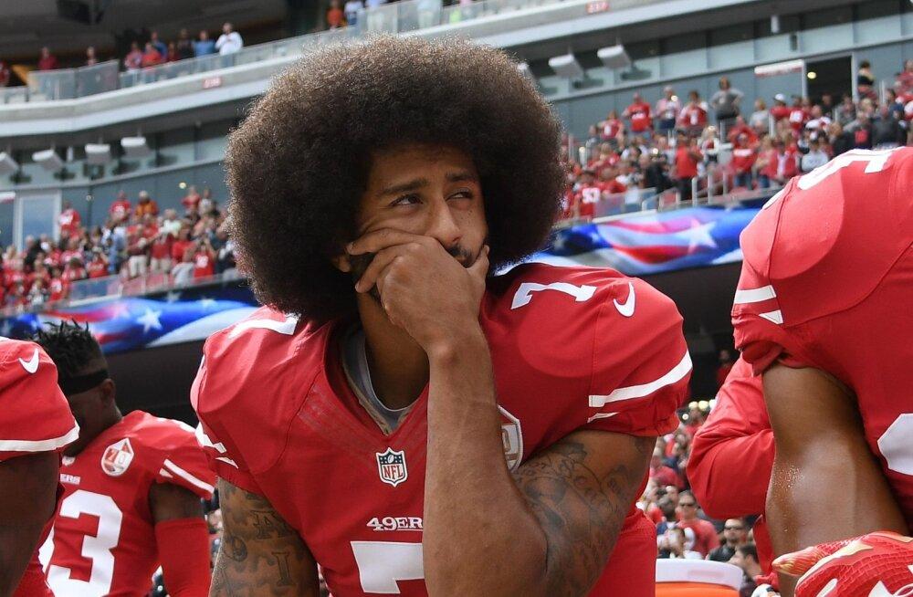 NFL-i president kahetseb, et ei kuulanud hümni ajal põlvitamisega alustanud Colin Kaepernickut