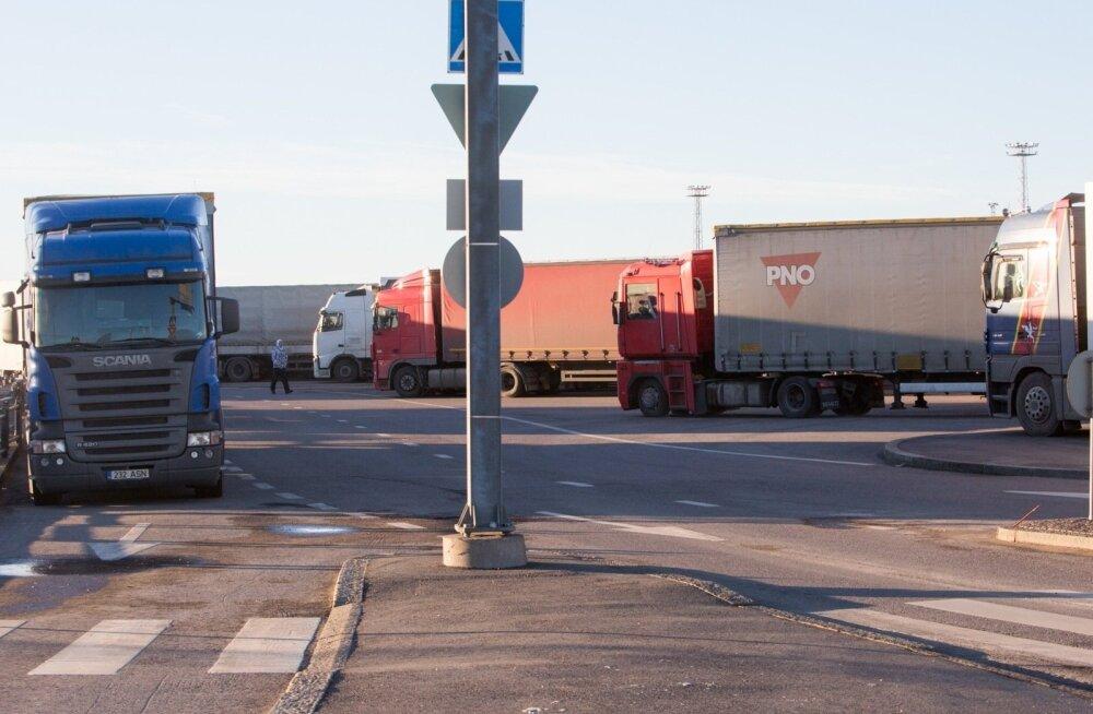 Гигантские пробки по обе стороны Финского залива: как решают проблему Таллинн и Хельсинки