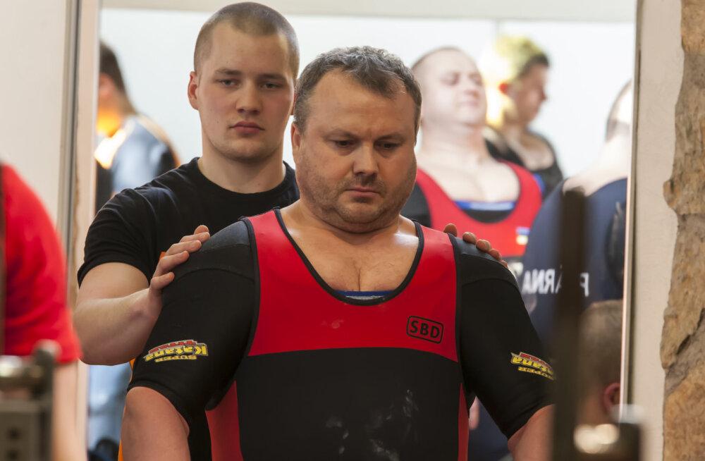 Andres ja Andri Eric Külaviir