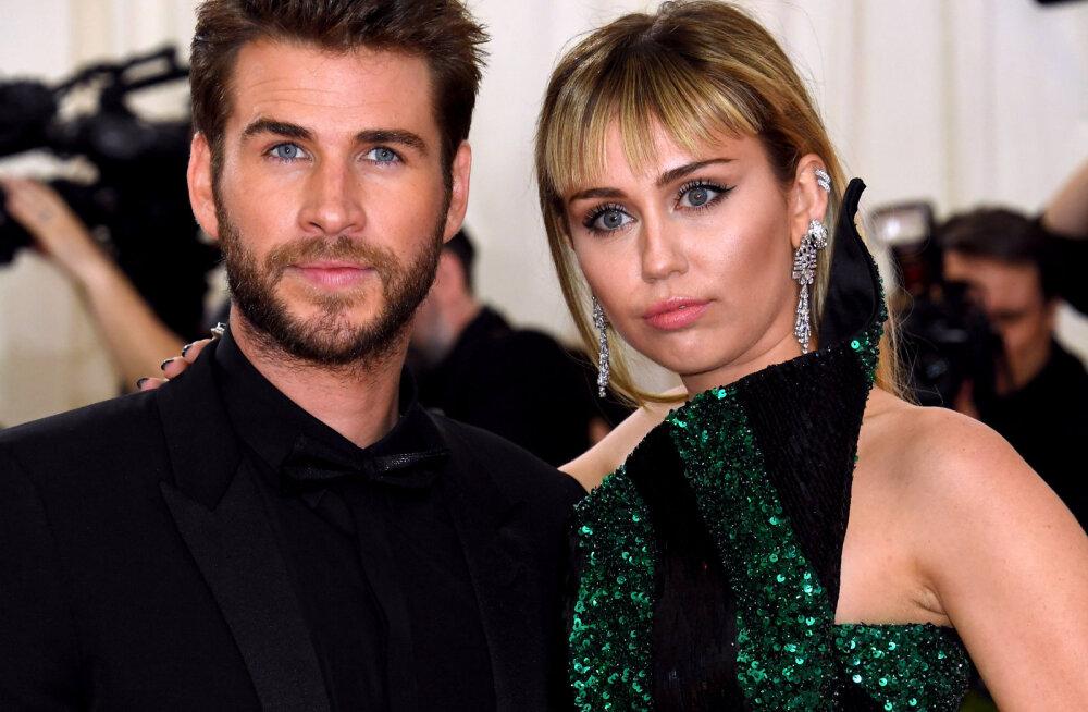 Liam Hemsworth'i ema tunneb poja lahutusest kergendust: tal oli alati raske Mileyga leppida