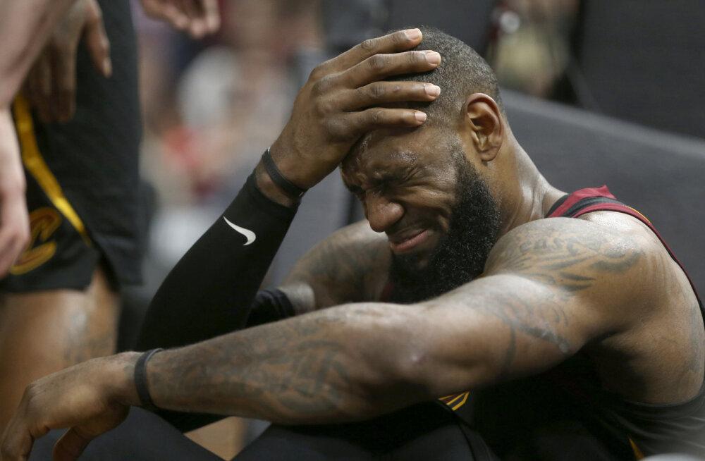 VIDEO | LeBron James ja Cavaliers said play-off'i avamängus kaotuse, Celtics võitis Bucksi põneval lisaajal