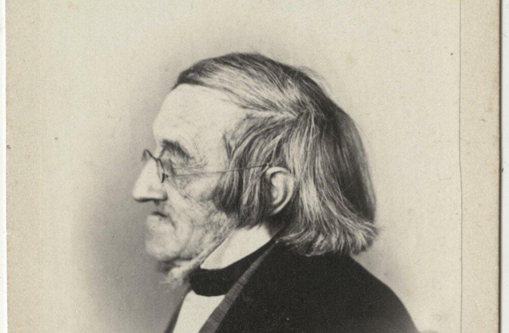 Karl Ernst von Baeri Järvamaal Piibe mõisas alanud teadlasetee oli pikk ja väga viljakas. Tunnustatud loodus- ja arstiteadlasena keskendus peamiselt zooloogiale, botaanikale, võrdlevale anatoomiale, füüsilisele antropoloogiale ja polaaralade geograafiale.